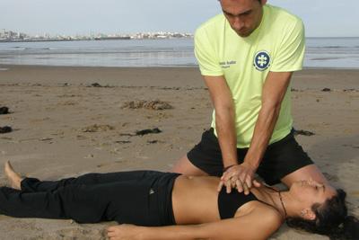 Taller de socorrismo con maniobra de reanimación cardiopulmonar